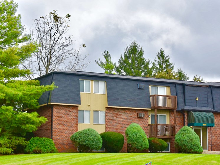 Apartments in Fairborn, OH View