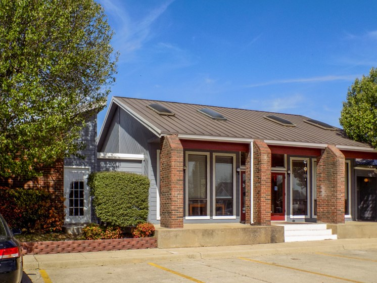 Leasing Office at Willowpark Apartment Homes in Lawton OK