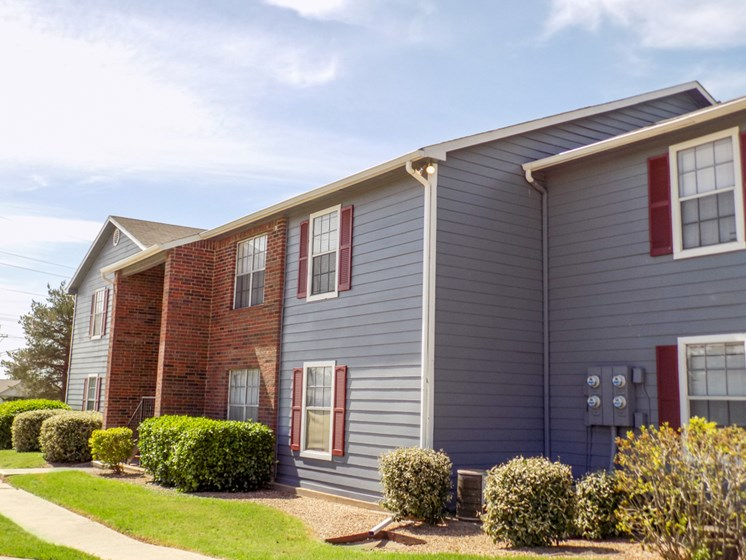 exterior view at Willowpark Apartment Homes in Lawton OK
