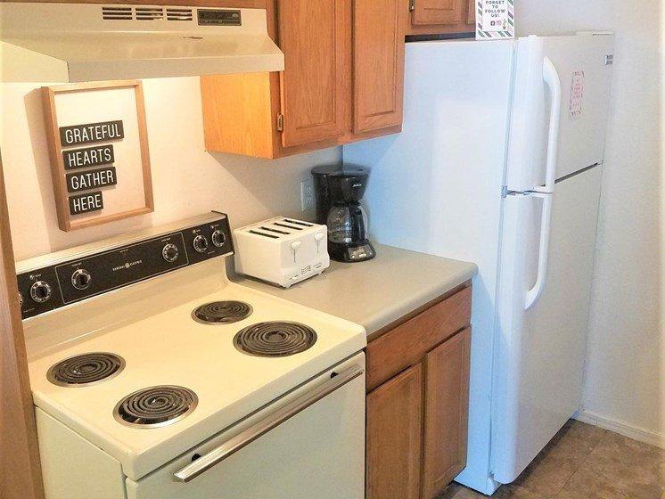 Complete kitchen at Willowpark Apartment Homes in Lawton Oklahoma