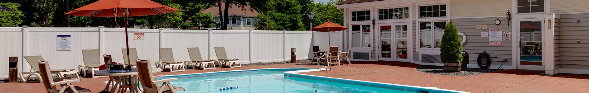 Outdoor swimming pool at Littlebrook apartments in Hudson, MA