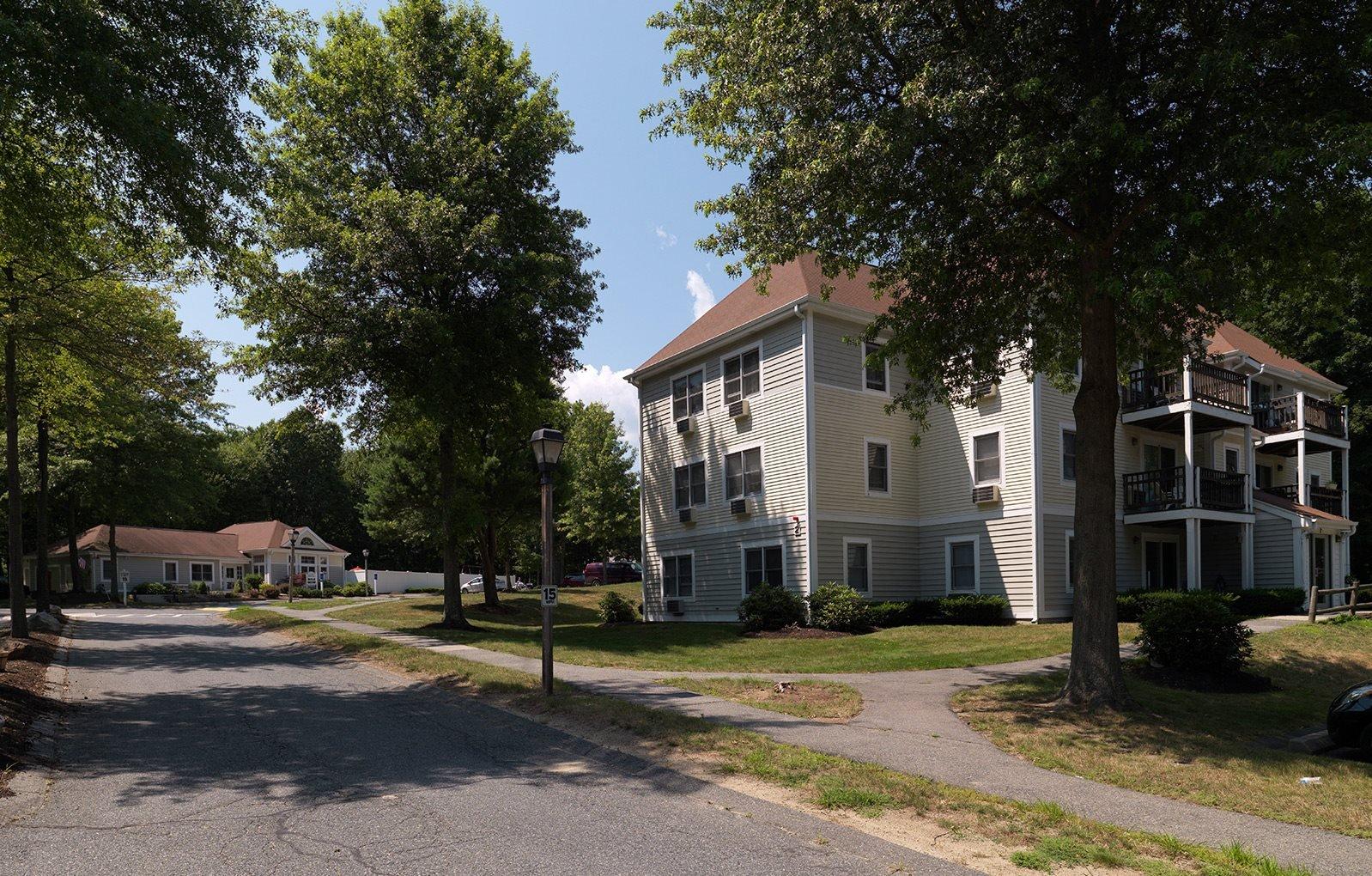 Littlebrook Apartments in Hudson, MA
