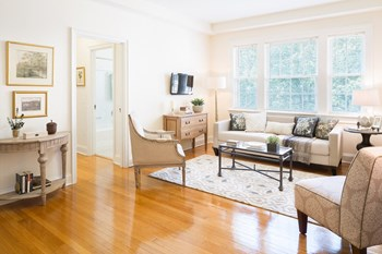 3133 Connecticut Ave, NW Studio-3 Beds Apartment for Rent Photo Gallery 1