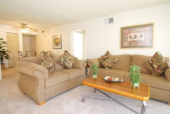 28856 N. SILVER SADDLE CIRCLE 2-3 Beds Apartment for Rent Photo Gallery 1