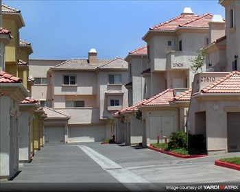 17621 W. PAULINE CT. 2-3 Beds Apartment for Rent Photo Gallery 1