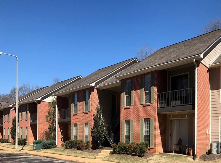 Ole Miss Apartments