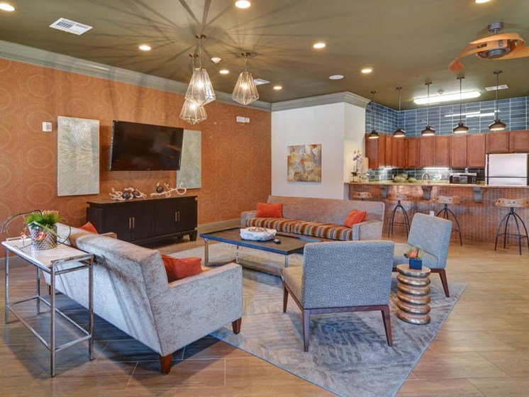 Clubhouse Living Room at Cumberland Place Apartment Homes, Tyler, Texas