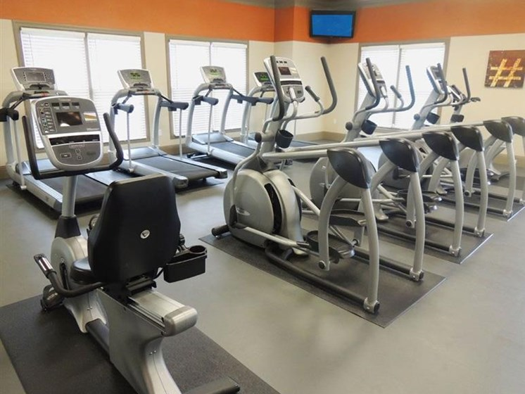 State of the Art Fitness Center at Cumberland Place Apartment Homes, Tyler, 75703