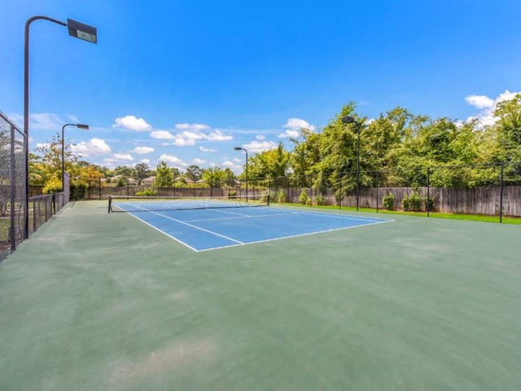 Resort Style Tennis Court at Cumberland Place Apartment Homes, Tyler, Texas, 75703