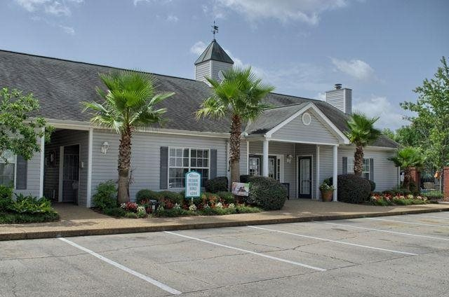 Photos and video of reserve at three rivers apartment for Home builders in gulfport ms