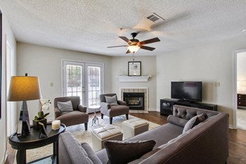 131 Woodchase Park Dr. 1 Bed Apartment for Rent Photo Gallery 1
