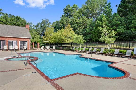Reserve at Woodchase Apartment Homes, 131 Woodchase Park ...
