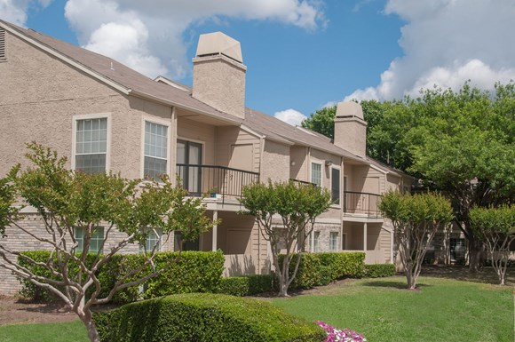 Waterford On The Meadow Apartments 1414 Shiloh Rd Plano Tx Rentcaf