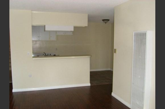 4623 La Mirada Apartments 4611 29 La Mirada Ave Los