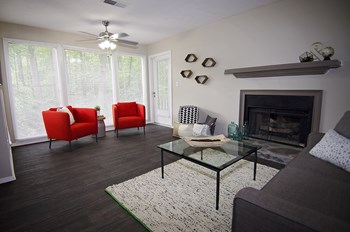 3700 Peachtree Industrial Blvd 1-2 Beds Apartment for Rent Photo Gallery 1