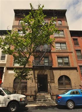 437 West 44th Street 2 Beds Apartment for Rent Photo Gallery 1