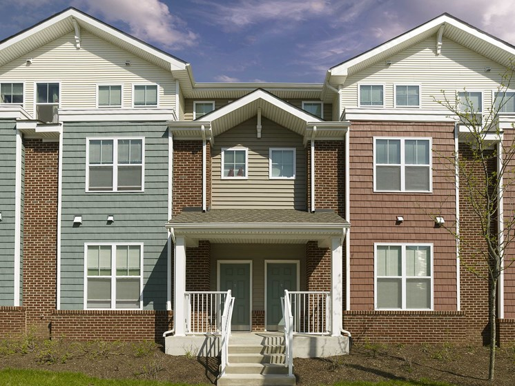Exterior of Rush Crossing affordable apartments in Trenton, NJ