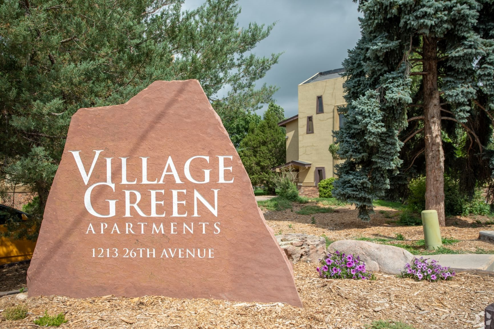 Apartments in Greeley Sign