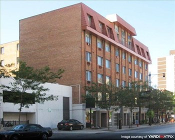 2424 N. Clark Street Studio-1 Bed Apartment for Rent Photo Gallery 1