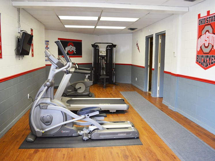 Fitness center at Wake Robin Apartments in North Columbus, OH