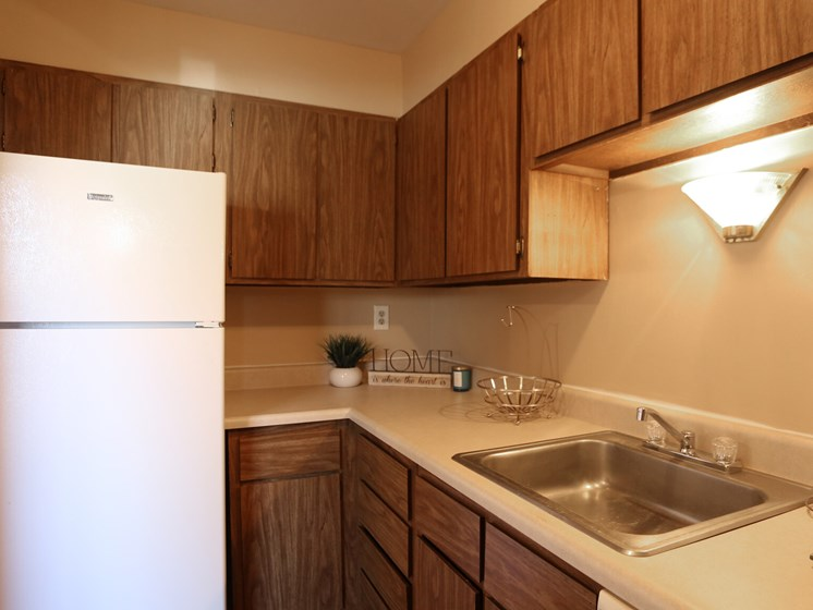 Kitchen with Large Single Bowl Sink Wake Robin Apartments