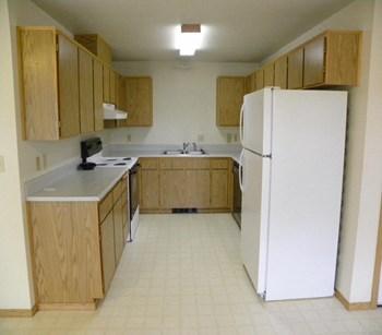 689 Riverside, 664 1St Avenue 2 Beds Duplex/Triplex for Rent Photo Gallery 1