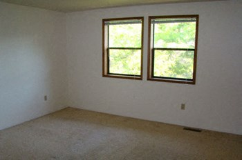 320 High Street #1-4 2 Beds Apartment for Rent Photo Gallery 1