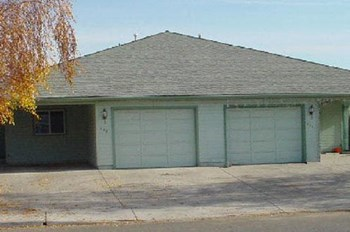 516,518,576&578Primrose 2 Beds Apartment for Rent Photo Gallery 1
