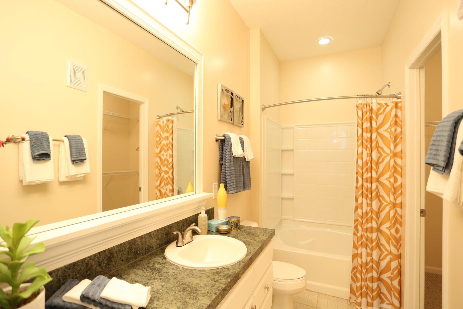 Modest Central Park Bathrooms Interior