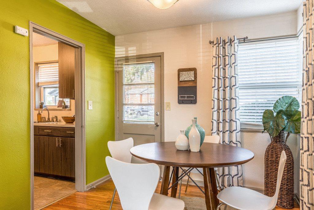 Dining Room at Hawthorne Northside, Asheville, 28804