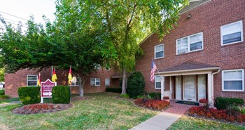 6116 Cumberland Avenue 2 Beds Apartment for Rent Photo Gallery 1