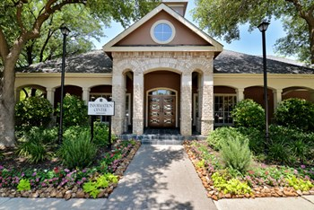 5945 West Parker Road 1-3 Beds Apartment for Rent Photo Gallery 1