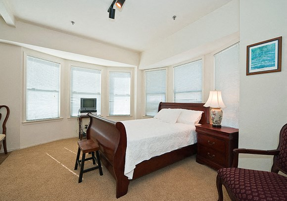 Furnished apartment at the Taylor Suites