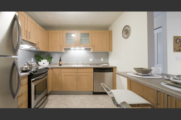 Rosemont square phase ii apartments 2 chestnut west - 3 bedroom apartments in randolph ma ...