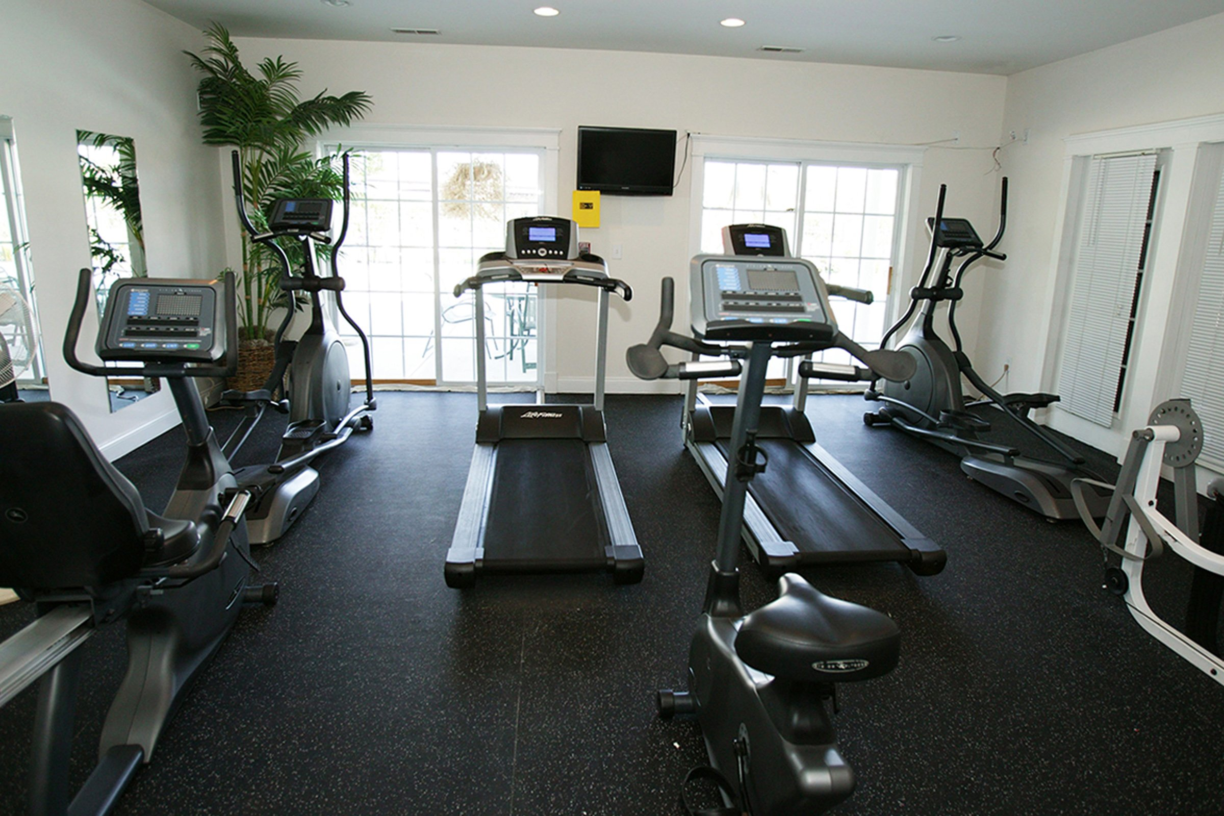 Rivers Edge Apartments Fitness Center