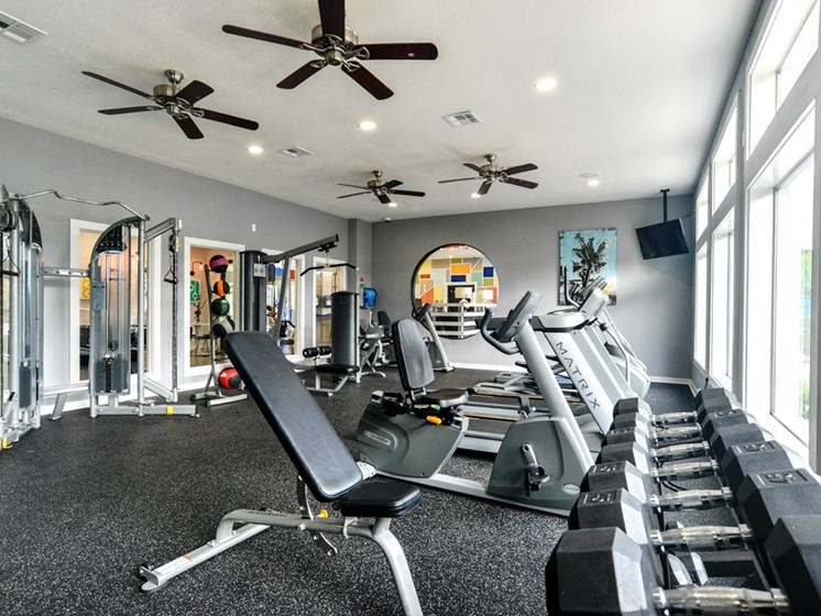 riverside austin apartments with gym
