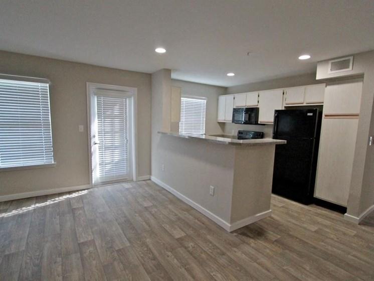 kitchen riverside austin apartments