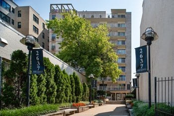 2637 16th Street, NW Studio-1 Bed Apartment for Rent Photo Gallery 1