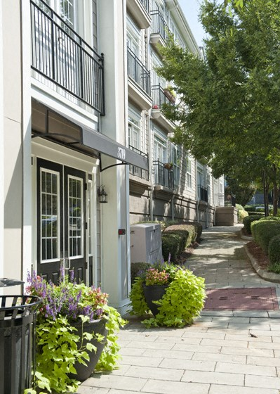 1 bedroom, 2 bedroom, 3 bedroom, apartments, rentals, charlotte, nearby uptown charlotte, midrise