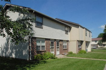 615 Airport Drive 1-3 Beds Apartment for Rent Photo Gallery 1