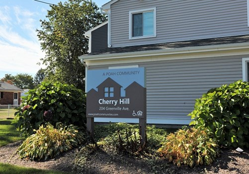 Cherry Hill Apartments Community Thumbnail 1