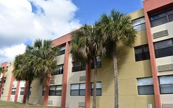11100 SW 196th Street 2 Beds Apartment for Rent Photo Gallery 1