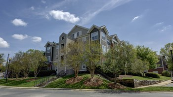 6801 Chesterbrook Court 1-2 Beds Apartment for Rent Photo Gallery 1
