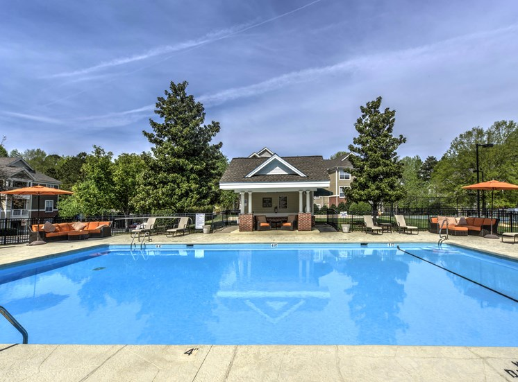 Crystal Clear Swimming Pool with Sundeck and Bbq Grills at Cambridge Apartments, North Carolina, 27615