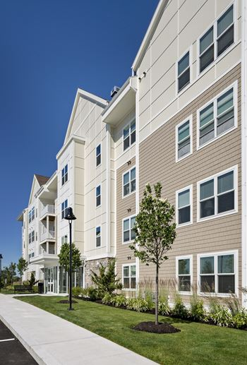 150 King Rail Drive, 1-2 Beds Apartment for Rent Photo Gallery 1