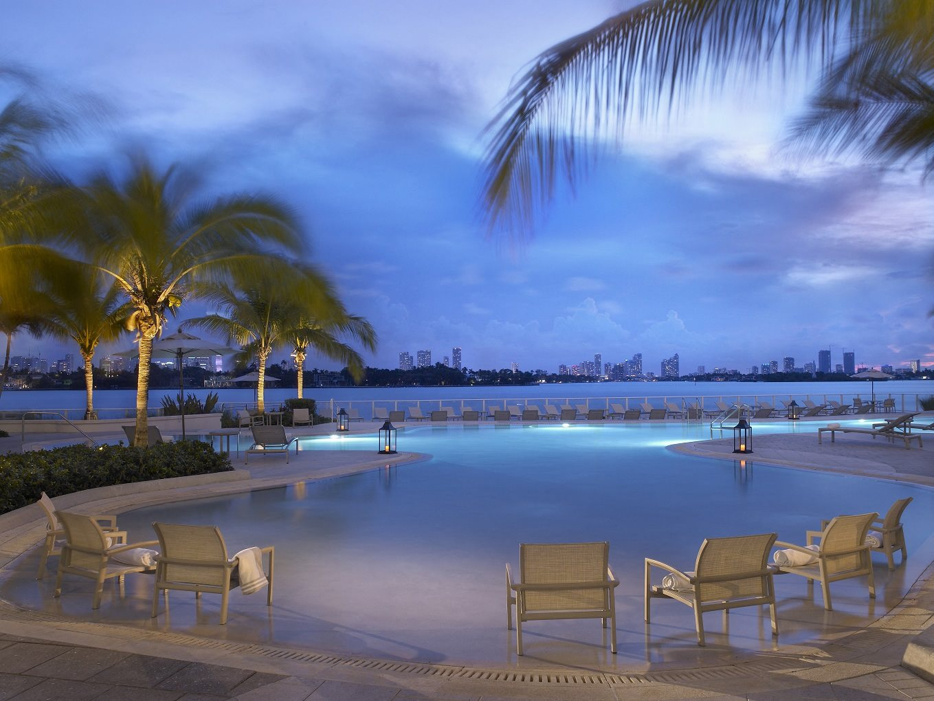 Southgate Towers Luxury Rentals Apartments In Miami