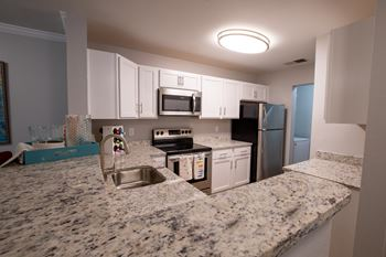 400 Eden Roc Circle 1-3 Beds Apartment for Rent Photo Gallery 1