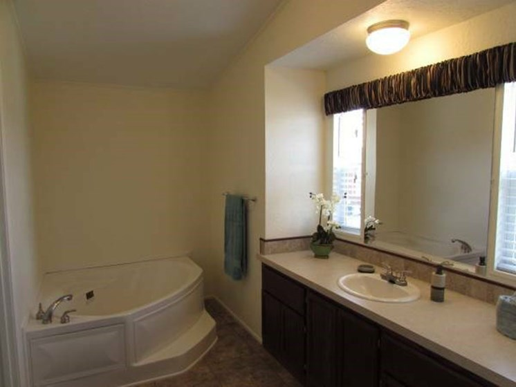 Master Bathroom With Tub at Valley Ridge Rental Home Community in San Antonio, TX