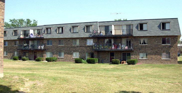 Riverwoods Il Apartments
