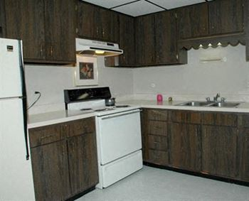 851 Lorlyn Drive Unit 1A 1-2 Beds Apartment for Rent Photo Gallery 1